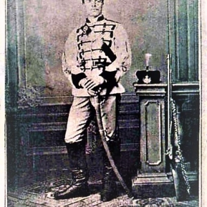 В униформа на Първа българска легия (фотография от 1869 г., Букурещ)